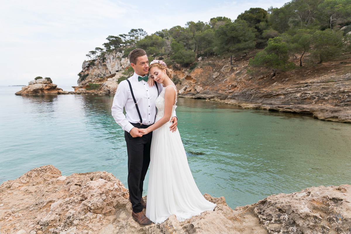 etzer-shooting-after-wedding-mallorca-hochzeit-couple-ocean-20