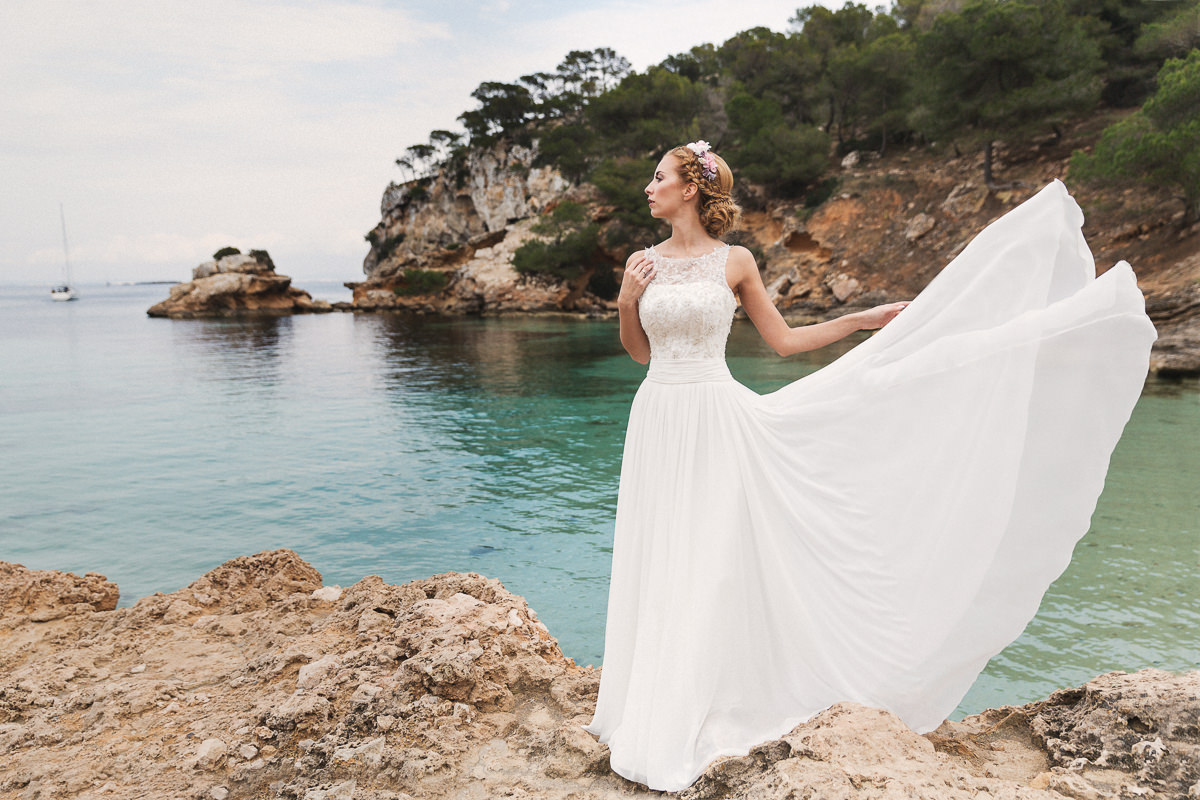 etzer-shooting-after-wedding-mallorca-hochzeit-couple-ocean-22