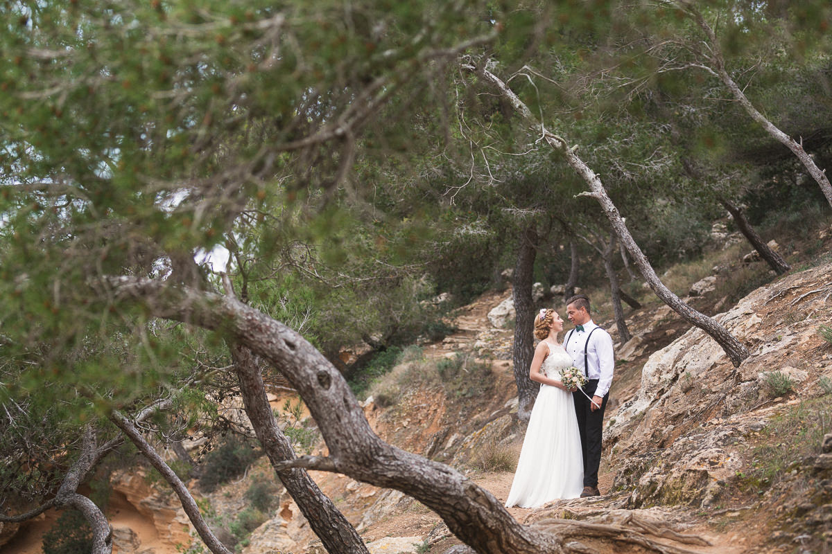 etzer-shooting-after-wedding-mallorca-hochzeit-couple-ocean-26