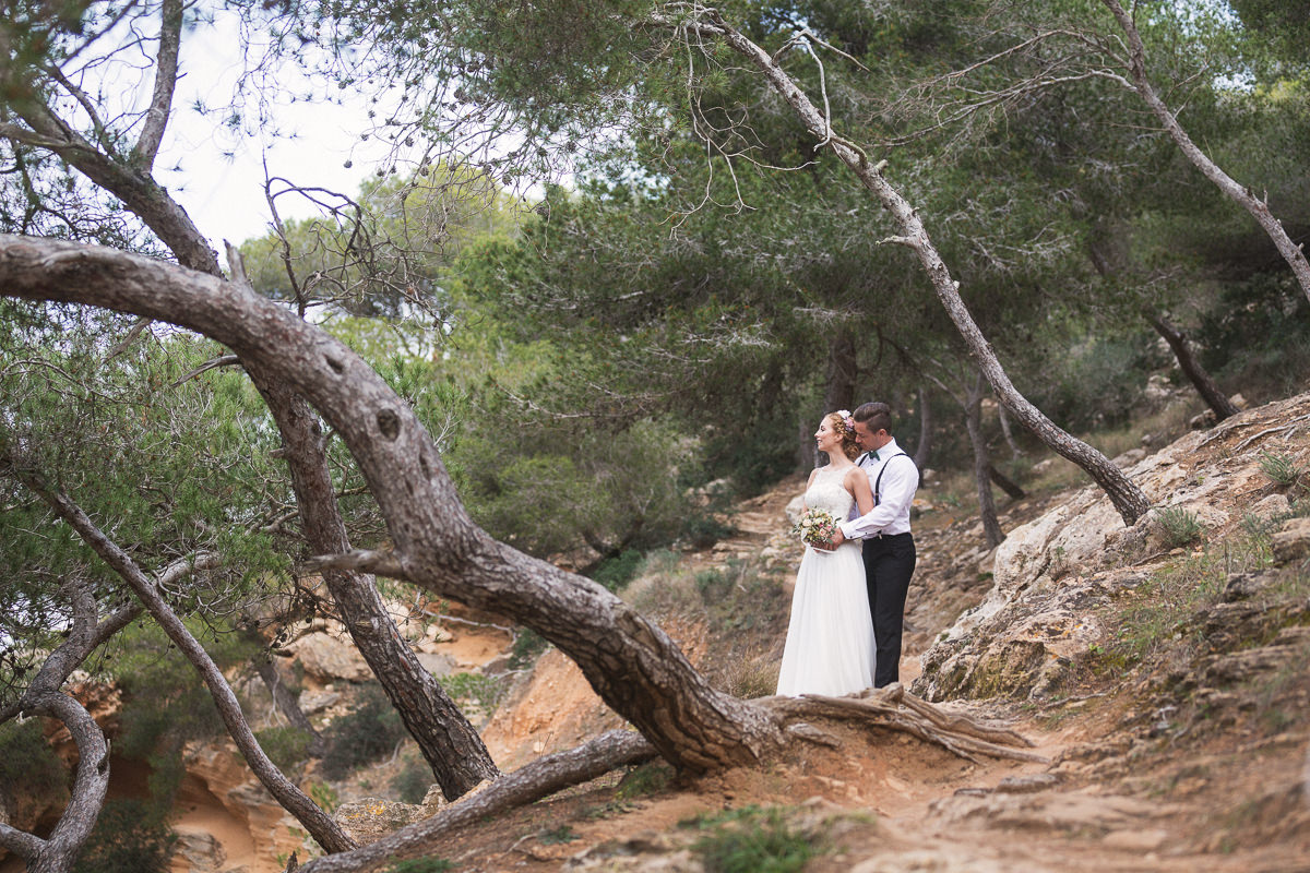 etzer-shooting-after-wedding-mallorca-hochzeit-couple-ocean-28
