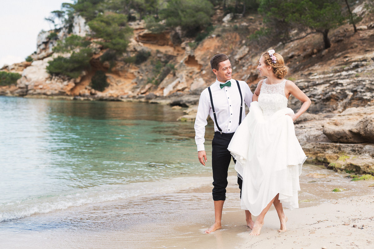 etzer-shooting-after-wedding-mallorca-hochzeit-couple-ocean-31