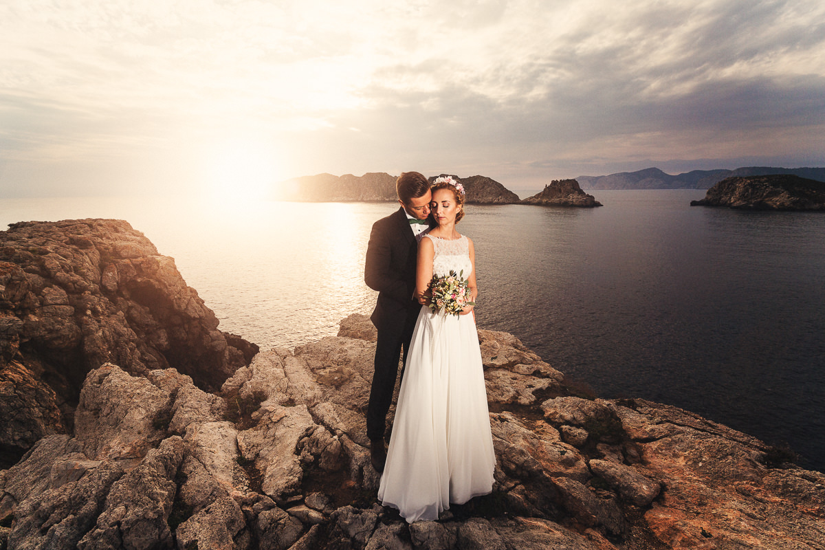 etzer-shooting-after-wedding-mallorca-hochzeit-couple-ocean-48