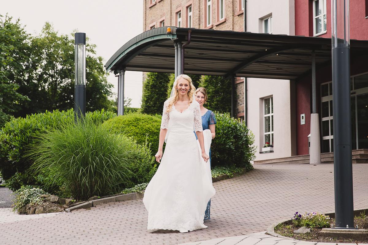 hochzeit-etzer-wedding-hochzeitsreportage-aschaffenburg-hanau-zehntscheune-22