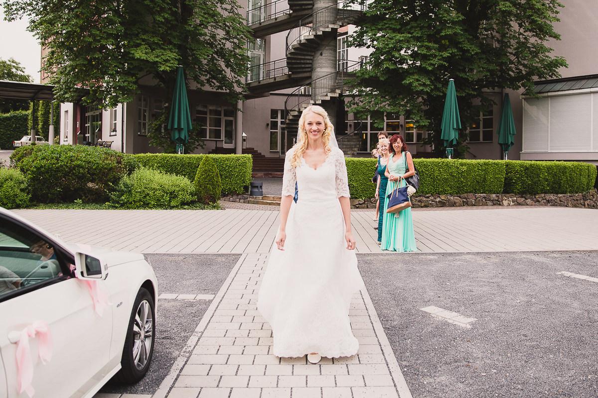 hochzeit-etzer-wedding-hochzeitsreportage-aschaffenburg-hanau-zehntscheune-24