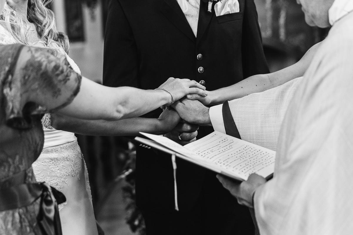 hochzeit-etzer-wedding-hochzeitsreportage-aschaffenburg-hanau-zehntscheune-79